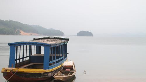 3 năm 'phá đá, đào sỏi' xây hồ Kẻ Gỗ Ho-ke-go-13_1494089037_VnEx_banner