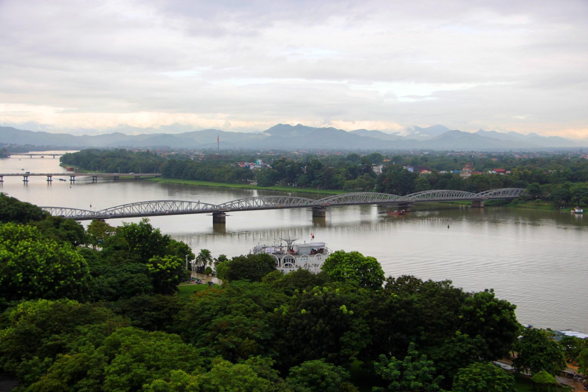 Cây cầu thế kỷ của xứ Huế MG-1775_1507998858_VnEx