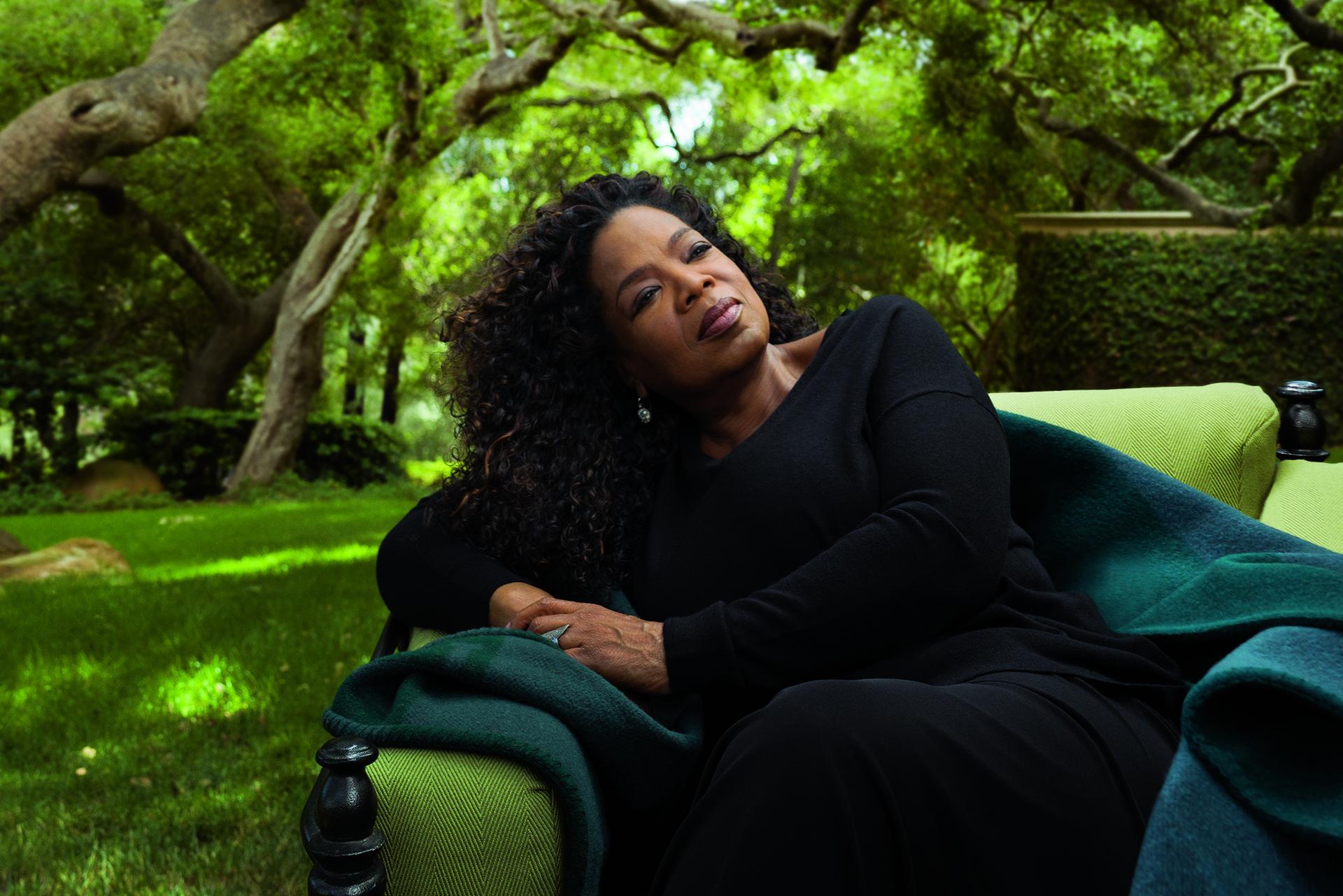 Hành trình trở thành tỷ phú của 'nữ hoàng truyền hình' Oprah Winfrey